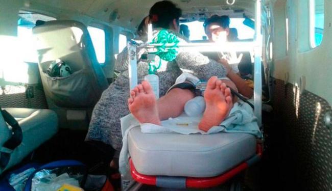 Criança foi trazida para Salvador de helicóptero da Graer - Foto: Foto: Divulgação/ Graer