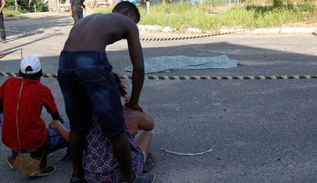 Família do mototaxista se desesperou com a violência - Foto: Margarida Neide | Ag. A TARDE