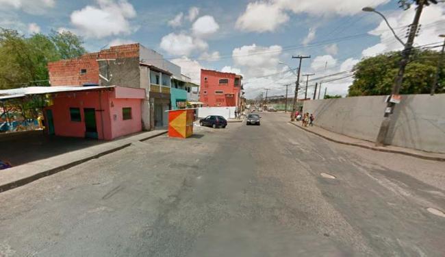 O crime aconteceu rua Doutor Artur Couto, no bairro de Mussurunga - Foto: Reprodução   Google Maps