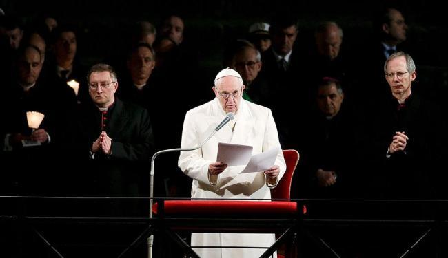 Lei imposta por Papa responde a uma antiga demanda das vítimas de abusos e de seus defensores - Foto: Max Rossi   Reuters