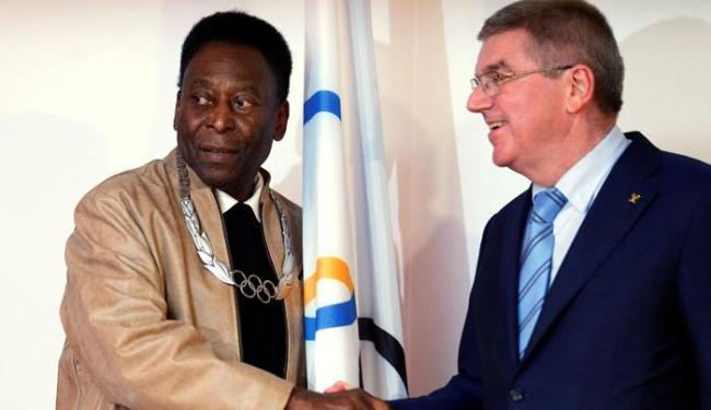 Pelé recebeu a homenagem mesmo sem ter participado de um evento olímpico - Foto: Paulo Whitaker   Ag. Reuters