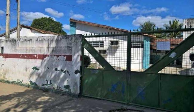 Situação aconteceu no posto de saúde do bairro Limoeiro - Foto: Ed Santos   Acorda Cidade