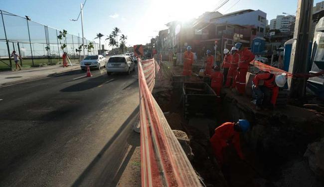 Via passa por obras de reaqualificação - Foto: Lucas Melo   Ag. A TARDE