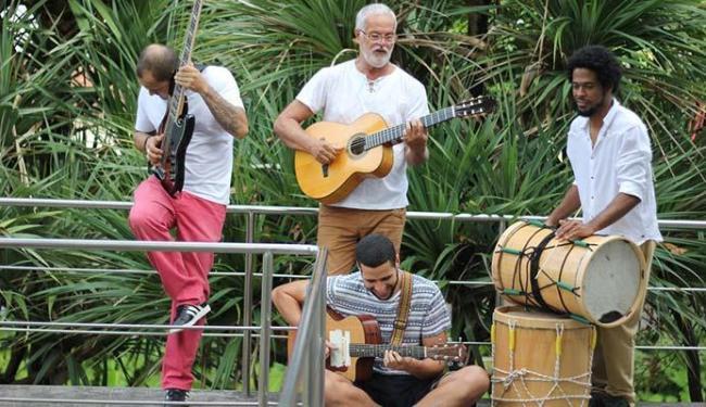 Roberto Mendes participa do projeto com outros músicos - Foto: Rogério Machado | Divulgação
