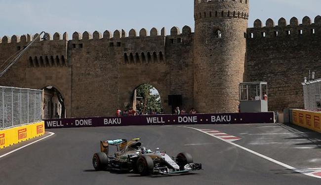 Rosberg não largava da primeira posição desde o GP da Rússia, há três etapas - Foto: Maxim Shemetov | Ag. Reuters