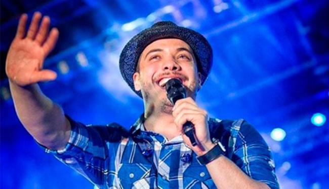 Durante o show em Caruaru, cantor falou que doaria o cachê - Foto: Reprodução | Instagram