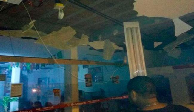 Parte da agência do Bradesco ficou destruída com a explosão - Foto: Reprodução | Bahia10