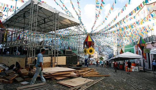 Preparativos para os festejos juninos no Pelourinho estavam a todo vapor nesta quarta-feira, 22 - Foto: Mila Cordeiro l Ag. A TARDE