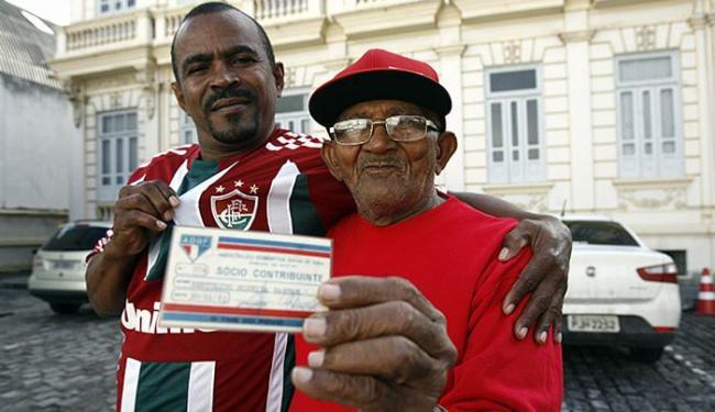 Incentivado pelo tricolor João Carlos, Bertolino Moreira se rende à ótima campanha do Flu - Foto: Luiz Tito l Ag. A TARDE
