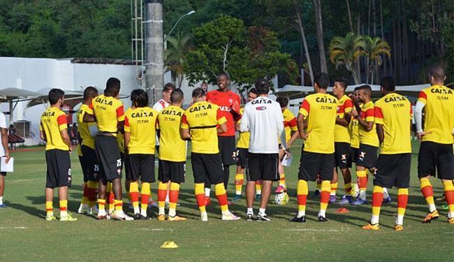 Leão terá uma ou duas mudanças para o próximo jogo - Foto: Francisco Galvão l EC Vitória