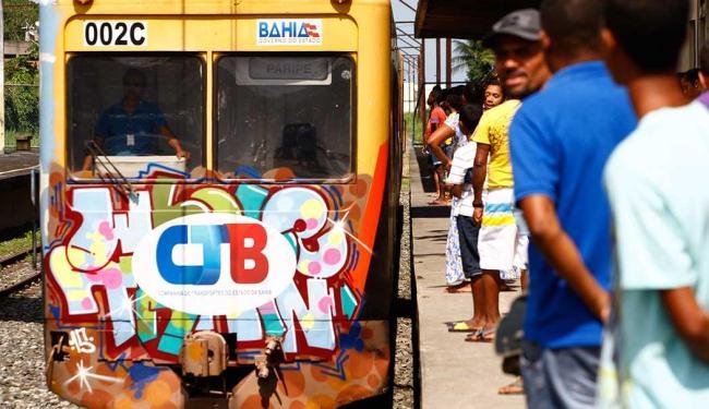 VLT irá substituir o trem do subúrbio - Foto: Marco Aurélio Martins | Ag. A TARDE | Arquivo