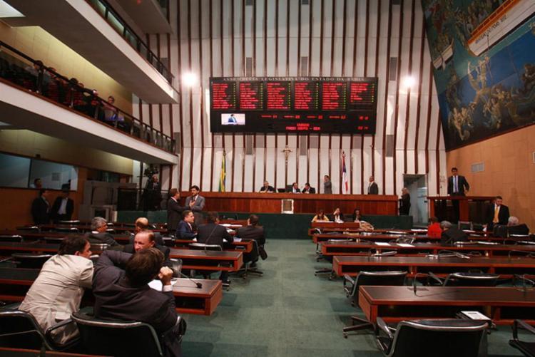 Diversão de seis cidades é pauta na Assembleia Legislativa da Bahia - Foto: Mila Cordeiro l Ag. A TARDE