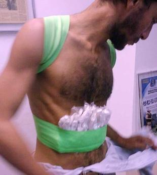 Homem ameaça explodir Unijorge com cinturão de balas de gengibre - Foto: Reprodução | WhatsApp