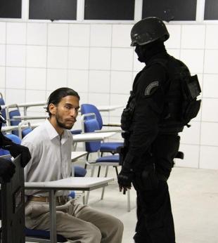 Homem se entrega após ameaçar explodir Unijorge durante prova da OAB - Foto: Alberto Maraux - Ascom SSP