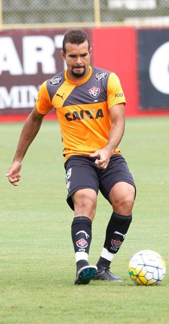 José Welison pode voltar à sua posição contra o Atlético-PR, em Curitiba - Foto: Luciano da Matta | Ag. A TARDE