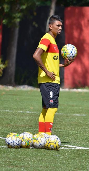 O goleador Kieza é uma das esperanças para o Leão passar de fase - Foto: Francisco Galvão l EC Vitória