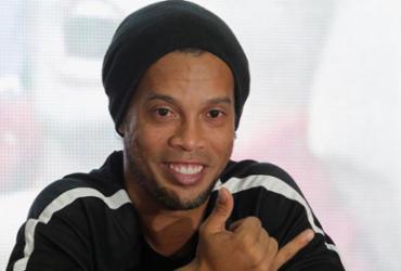 Ronaldinho detalhará despedida em março e diz que se despede do 'maior sonho'