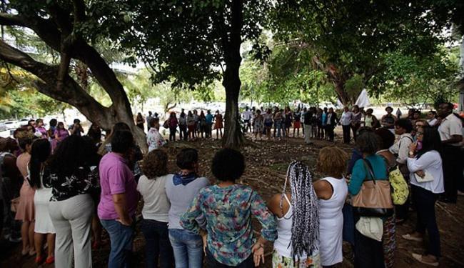 Ato simbólico foi realizado ontem pela manhã no IML, no Vale dos Barris - Foto: Raul Spinassé l Ag. A TARDE