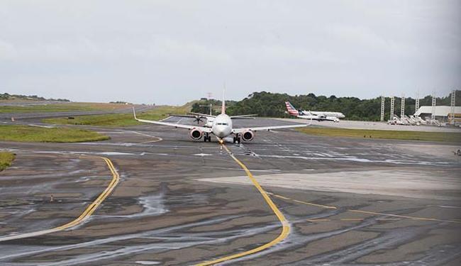 Pela regra atual, as empresas aéreas são obrigadas a transportar uma mala de até 23 kg por pessoa - Foto: Fernando Amorim | Ag. A TARDE