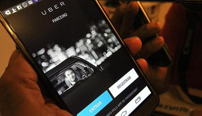 Motoristas do aplicativo devem receber hoje informativo sobre nova cobrança - Foto: Fernanda Carvalho l Fotos Públicas l 30.4.2015