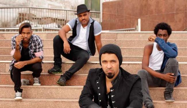 Liderada pelo vocalista Paulo Vigoroso, banda InSolo lança CD em agosto - Foto: Fábio Bastos   Divulgação