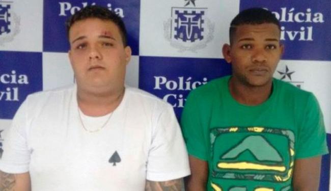 Davi Rios de Oliveira e Joanderson Menezes Lima foram presos durante um assalto - Foto: Reprodução   Acorda Cidade