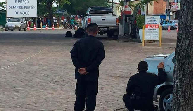 Agentes do Bope observam a remoção do artefato explosivo - Foto: Divulgação | Bope