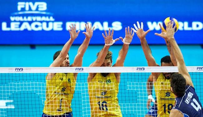 Bloqueio brasileiro funcionou e ajudou a seleção a vencer - Foto: FIVB   Divulgação