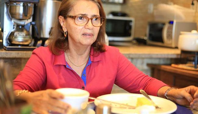 Nádia Doval diz que família ainda resiste a substituir produtos - Foto: Joá Souza l Ag. A TARDE