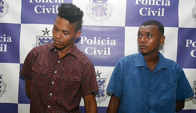 Carlos e Anderson alegam não ter envolvimento com roubo em Simões Filho - Foto: Edilson Lima   Ag. A TARDE