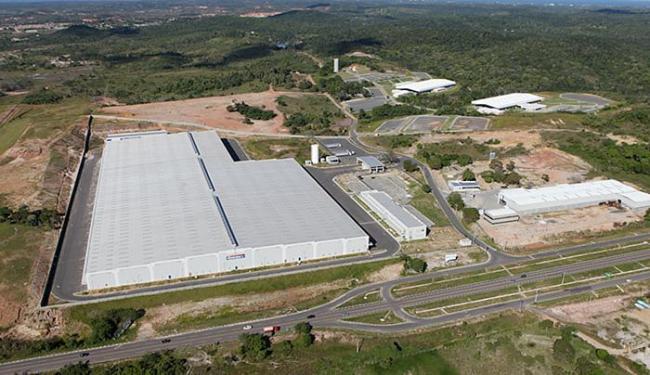 Centro de distribuição ocupa área de 60.419 metros quadrados na Via Parafuso - Foto: Carlos Casaes l Ag. A TARDE l 05.07.2011