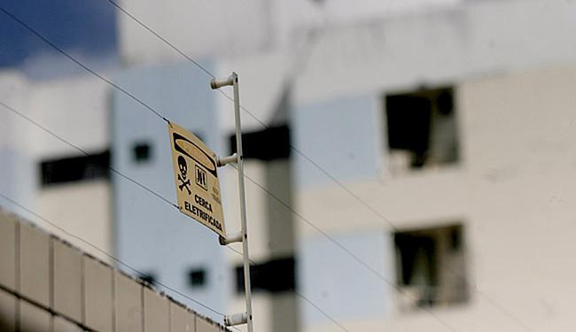 Choque causado por cerca devidamente instalada não mata, apenas repele a pessoa - Foto: Joá Souza l Ag. A TARDE