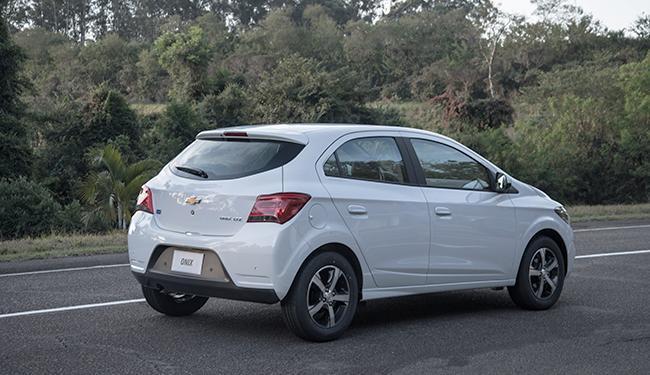 Chevrolet Onix - Foto: Divulgação