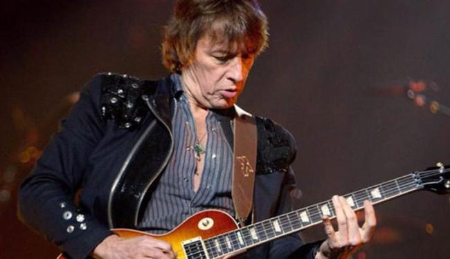 Guitarrista é um dos mais virtuosos da história do rock - Foto: Divulgação