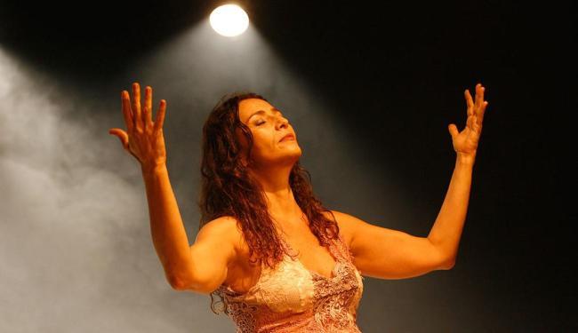 Cyria Coentro se apresenta no Teatro Módulo em agosto - Foto: Marco Aurélio Martins | Ag. A TARDE | 05.12.2014