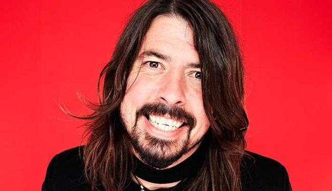 Livros como o do líder do Foo Fighters, Dave Grohl, foram lançados no Brasil - Foto: Divulgação