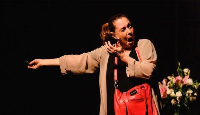 Elizabeth Savalla protagoniza comédia - Foto: Divulgação