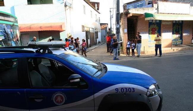 Polícia foi até o local após recebe ligações sobre os tiros que atingiram Moisés - Foto: Margaria Neide | Ag. A TARDE