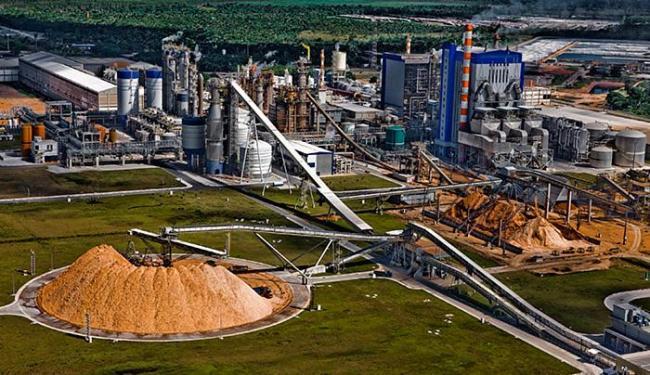 Fábrica de papel e celulose da Suzano em Mucuri: setor cresceu 10,9% em maio - Foto: Divulgação l Suzano