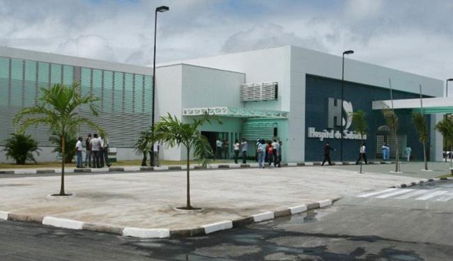 A vítima foi levada para o Hospital do Subúrbio - Foto: Reprodução