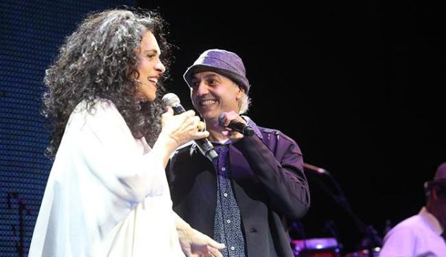 Gal Costa faz dueto com Zeca Baleiro no espetáculo - Foto: Dudu Leal | Divulgação
