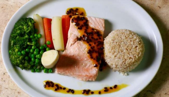 Henrique Meirelles cita o salmão como