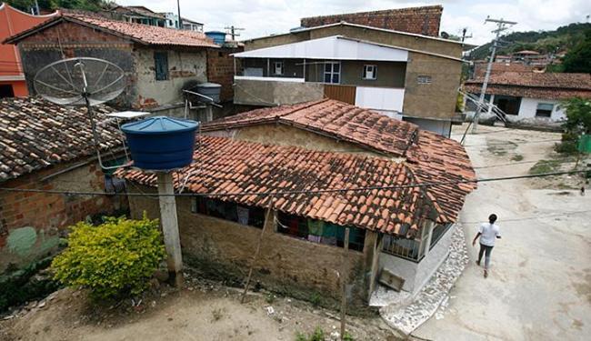 Ação Cívico-Social realizará atendimentos na comunidade até o próximo sábado - Foto: Raul Spinassé l Ag. A TARDE l 26.11.14