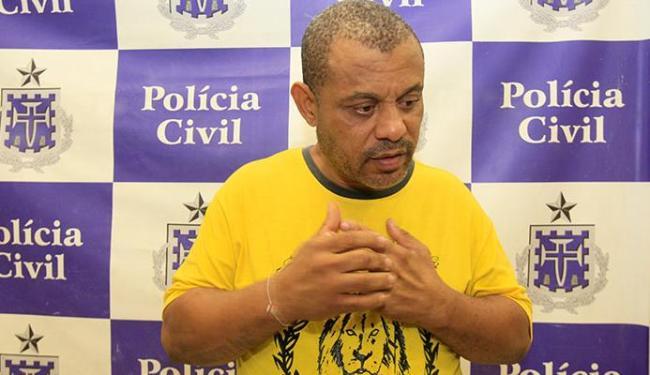 João Gualberto Capinã Filho, 47 anos, diz que, desta vez, não sabia que carro era roubado - Foto: Edilson Lima | Ag. A TARDE