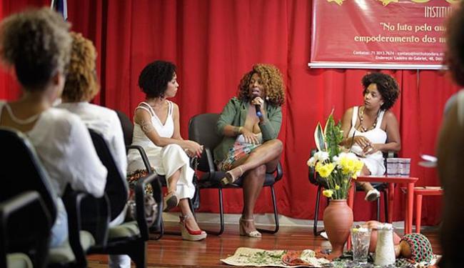 A jornalista Maíra Azevedo foi uma das convidadas para roda de conversa nesta sexta-feira, 8 - Foto: Raul Spinassé l Ag. A TARDE