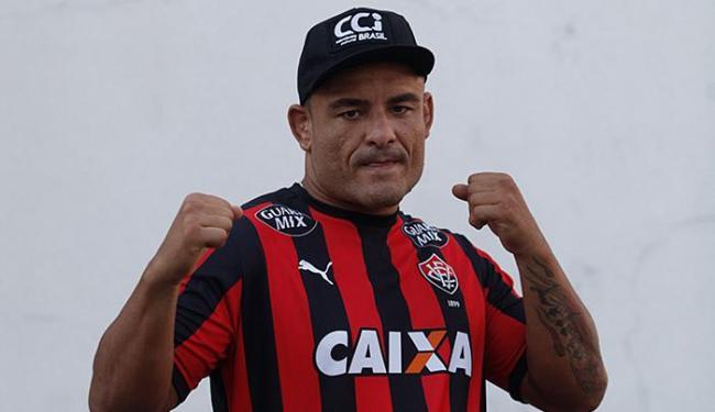Lutador baiano quer conquistar a primeira vitória no UFC - Foto: Raul Spinassé l Ag. A TARDe