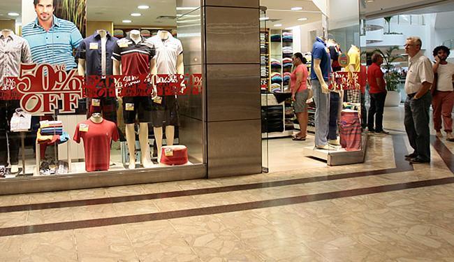 Liquidação reúne mais de 7,2 mil pontos de venda em lojas de rua e nos principais shoppings - Foto: Mila Cordeiro | Ag. A TARDE