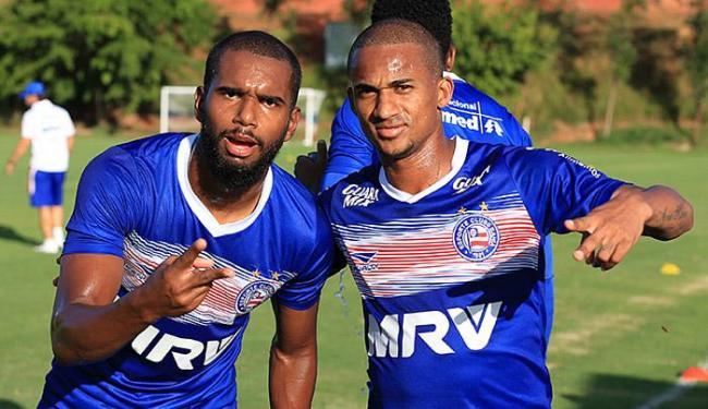 Luiz Antônio (E) e Eduardo vão estrear contra o Luverdense - Foto: Felipe Oliveira l EC Bahia