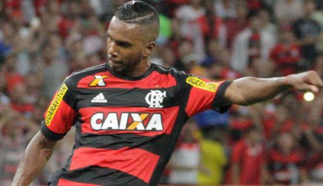 Volante pode ser útil para o técnico Guto Ferreira escalar o meio de campo tricolor - Foto: Gilvan de Souza | Flamengo | Divulgação