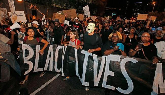Manifestação contra morte de negros - Foto: Wolfram Steinberg | AP Images